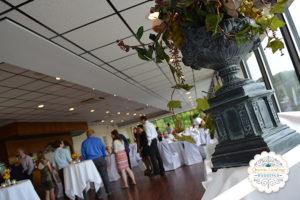 wedding-gathering-queens-landing-banquet-room